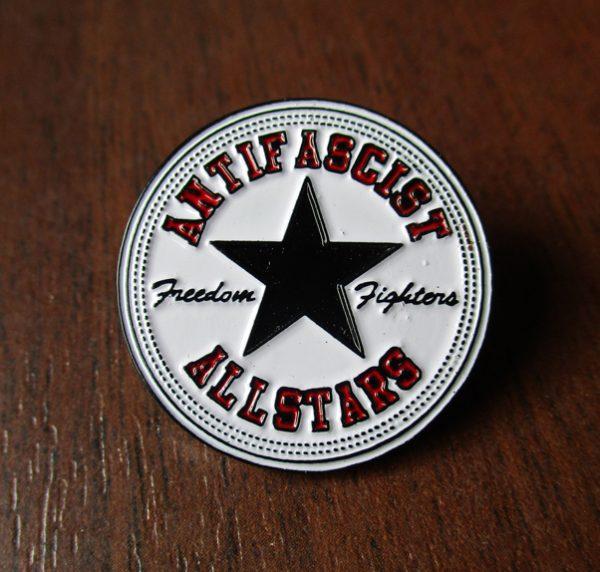 Kovový odznak Antifascist Allstars